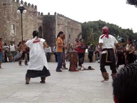 Cuernavaca, Mexico Town Square Dancing