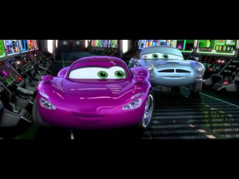 Exclusive Royal Sneak Peek - Disney/Pixar Cars 2 !