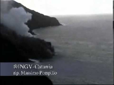 Stromboli island tsunami (1)