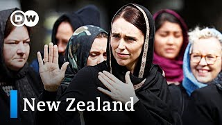 New Zealand falls silent for Christchurch victims | DW News - DEUTSCHEWELLEENGLISH