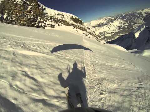 Descente en speed riding depuis le glacier des Diablerets jusqu