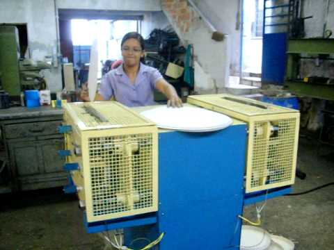 Maquina de fazer caixas de pizza.TEL-MAQ.