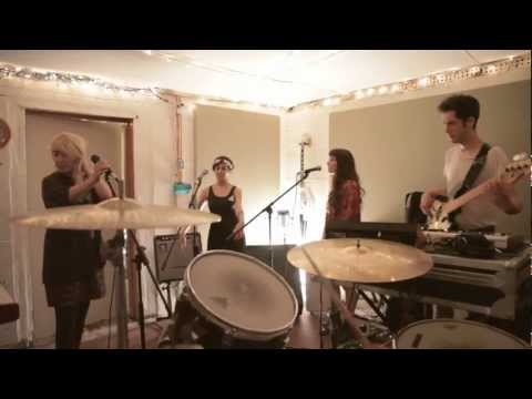 "Austra - ""Painful Like"" - Scion Sessions"