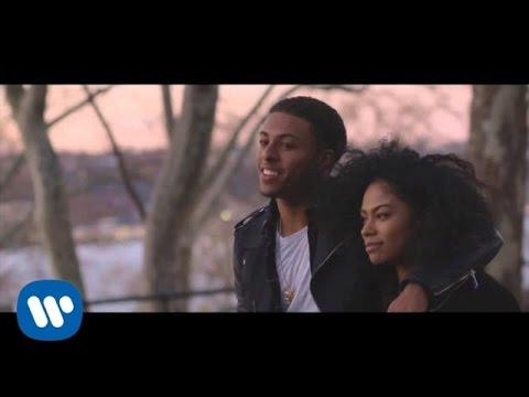 "Diggy Simmons ""Honestly"" Video"