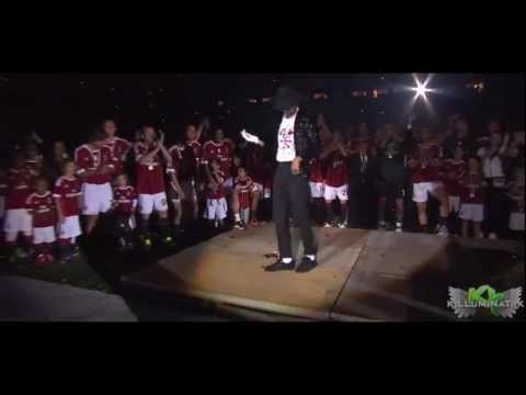 Kevin Prince Boateng MOONWALK HD - Ac Milan celebrations @San Siro