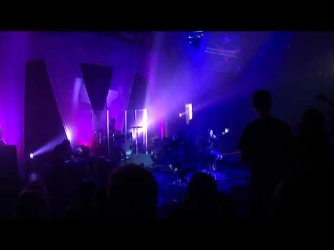 He Reigns - (NEW) - Kari Jobe