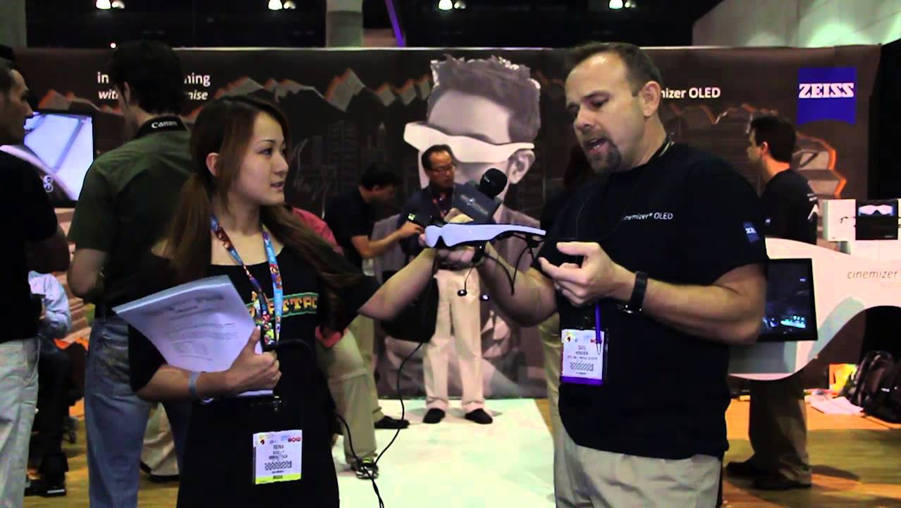 Reina Tries the Cinemizer OLED - E3 2013