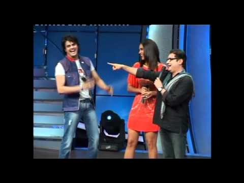 Lara Dutta in short dress for Promotion of - Chalo Dilli