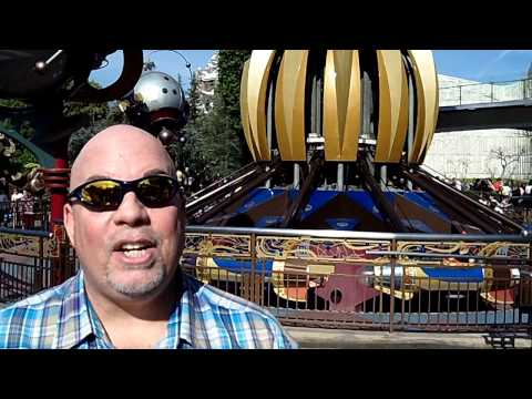 Disneyland's Tomorrowland Interview With @VegasBiLL @24k 2-3-13