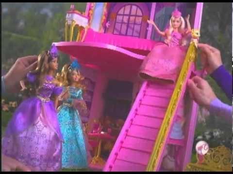 Barbie Três Mosqueteiras - Carruagem - Castelo é na kidsecia.com.avi