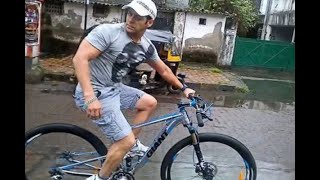 In Graphics: Nitin gadkari and Salman khan come together for a cycle promotions - ABPNEWSTV