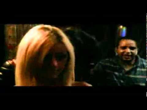Zahia Dehar dans un clip de rap