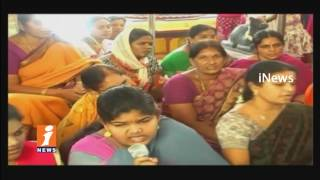 Devotees Hug Rush In Hanuman temple | Bhadradri Kothagudem | iNews - INEWS