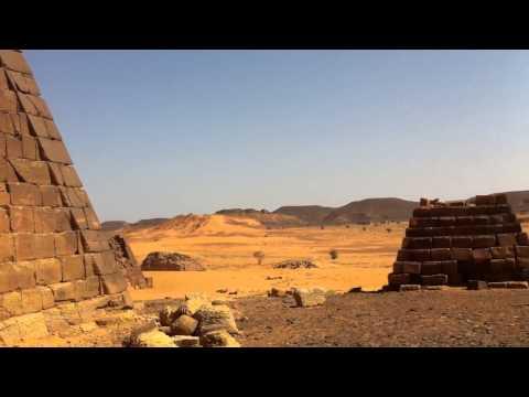 Ruinas arqueológicas de Meroe. Sudán