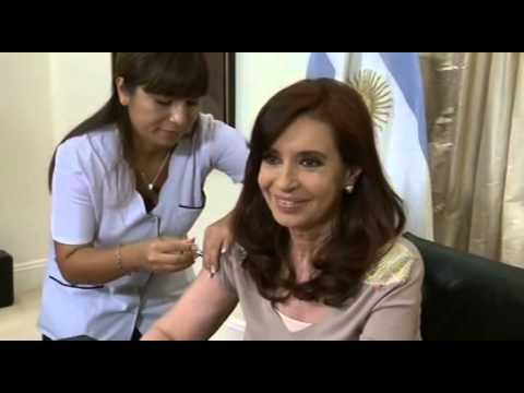 27 de MAR. La Presidenta Cristina Fernandez recibió la vacuna antigripal