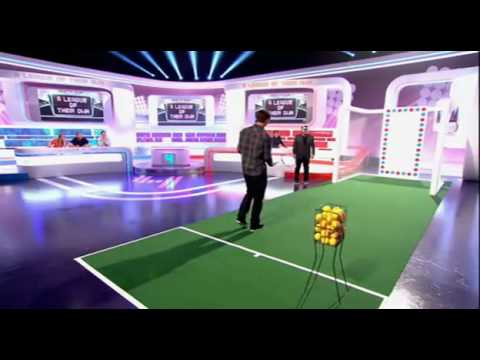 Andy Murray tries Roger Federer trick shot on A League of Their Own