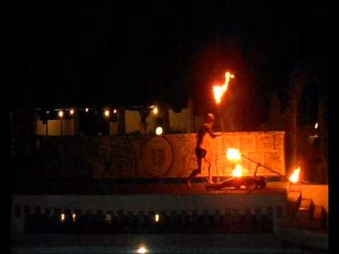 Fire Show in/ Шоу с огнями в  Aldemar Cretan Village.wmv