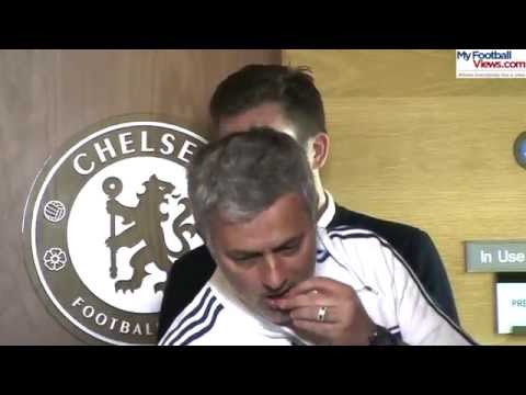 Jose Mourinho offers nuts to journalists at his press conferen