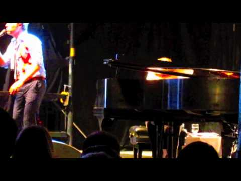"""Southern Boys"" Rufus & Martha Wainwright w/ Thomas Bartlett (Doveman)"