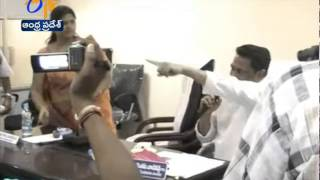 TDP, YCP Leaders Attacked Each Other In Nandyal Municipal Council Meet - ETV2INDIA