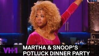 Kelis & Fat Joe Play An Interesting Dinner Game | Martha & Snoop's Potluck Dinner Party - VH1