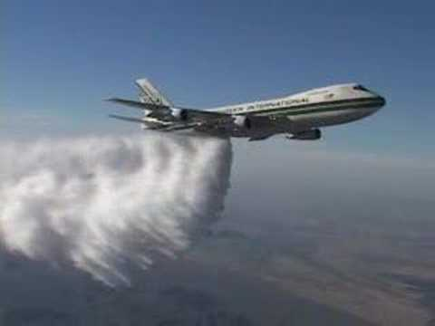 Boeing 747 High Altitude Water Drop