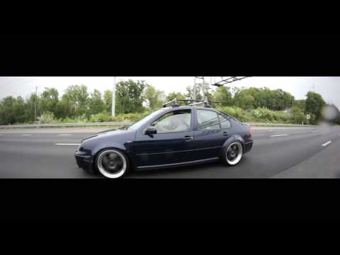 BMW E30 And VW MK4 Rolling