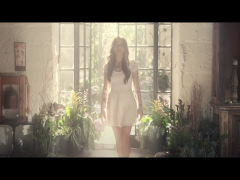 Christina Perri – Distance (feat. Jason Mraz) [Official Music Video] cloned