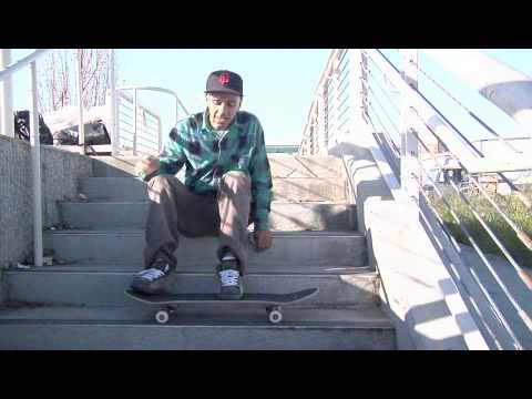 Skateboard Front Side 50-50 Grind Foot Placement