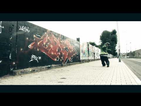 Ctiger - DJ Buzzty clown walk c-walk song 2011