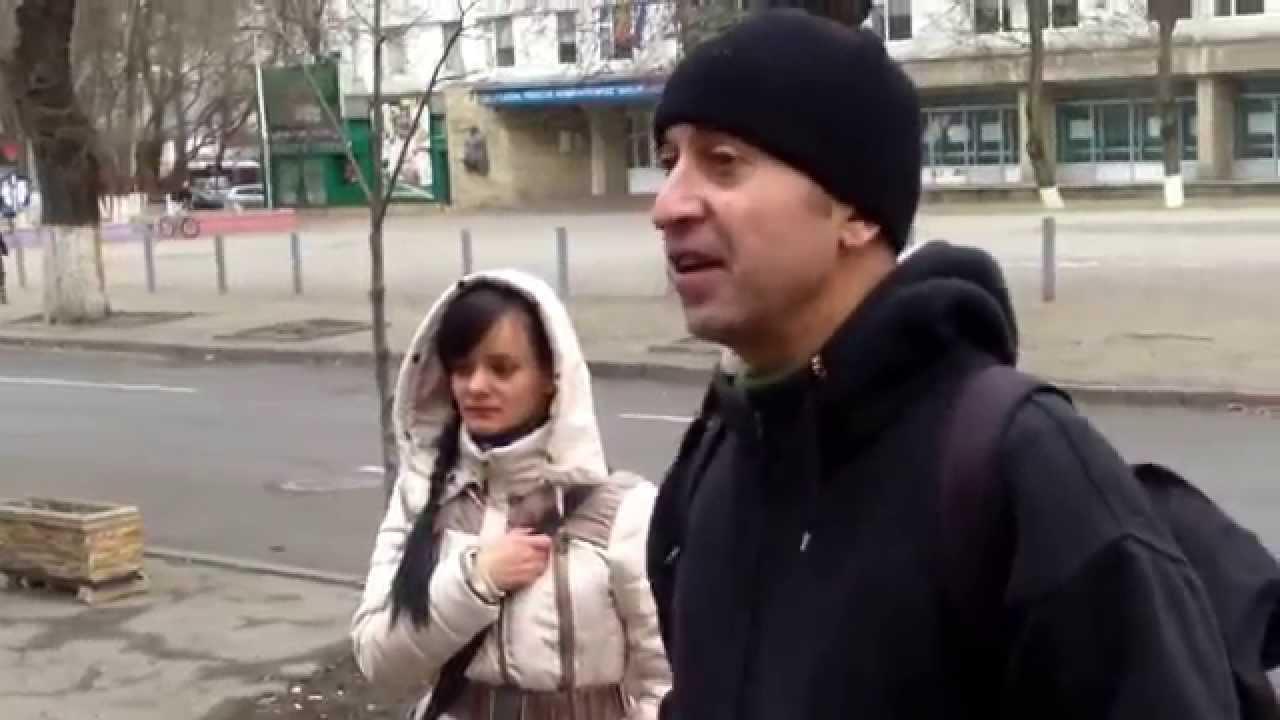 Cică nu-i voie să filmezi ambasada României