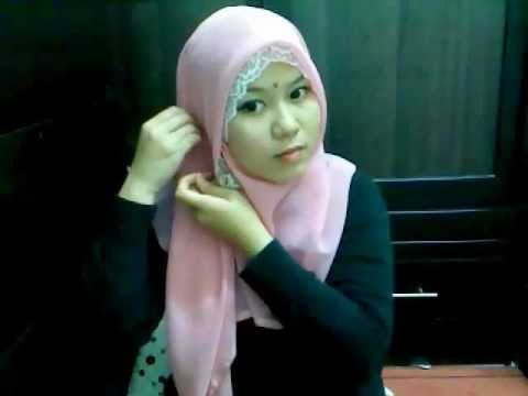 Tutorial Hijab - Bawal Style Inspired by Dian Pelangi