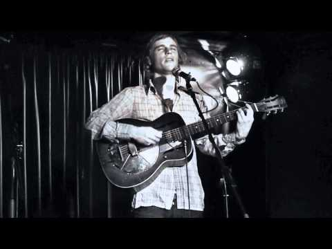 Johnny Flynn live