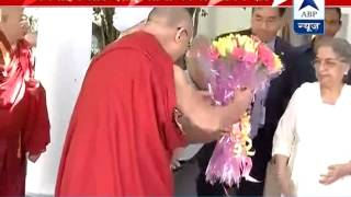 Dalai Lama showers love on Manmohan Singh at his residence - ABPNEWSTV