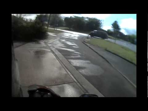 Cbr 125 Nearly hit woman coming out the petrol station