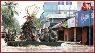 IAF Rescues 28 Girls From A House In Flood-Hit Alleppey | News 100 Nonstop | August 19th, 2018 - AAJTAKTV