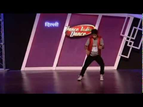 Croc Roaz aka Raghav crazy dance style!!! dance india dance season 3   YouTube2