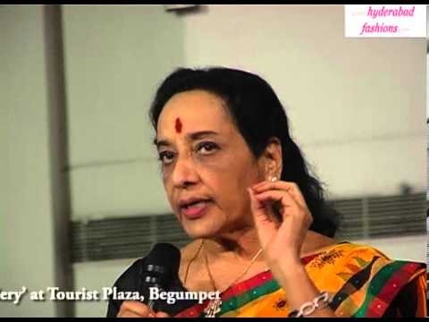 Actress Jamuna Speech in Artist Sravanthi Juluri's 'Jaago Stree Art Gallery'