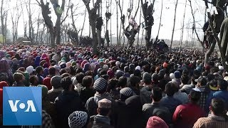 Funeral of Kashmir separatists killed in gun battle - VOAVIDEO