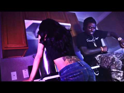 "Short Dawg Feat. Maxo Kream & Dough Beezy ""Danny Glover (Remix)"" Video"