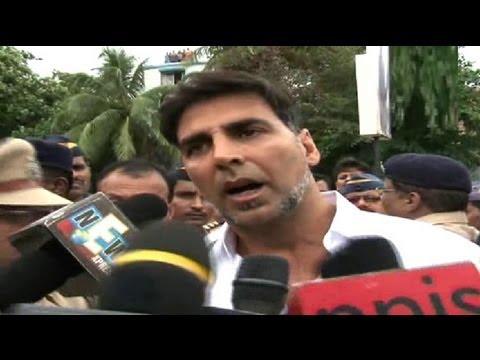 Akshay Kumar Speaks To Media On Rajesh Khanna's Demise