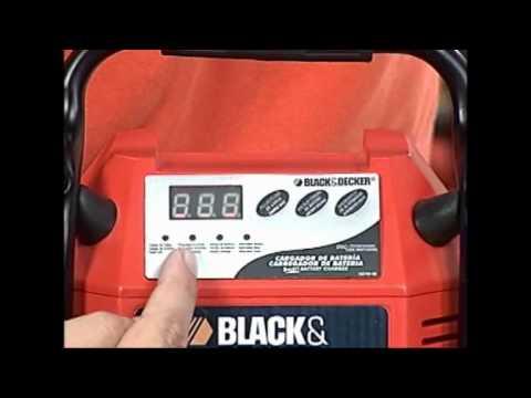 Black & Decker - Carregador de Bateria BBC10