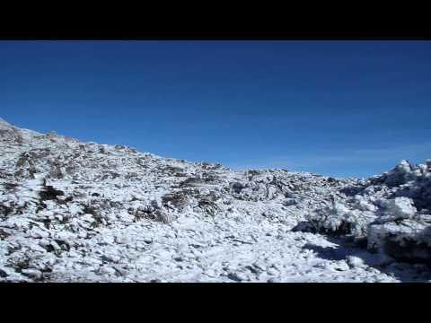 thomas e sua chegada á cratera do Pico