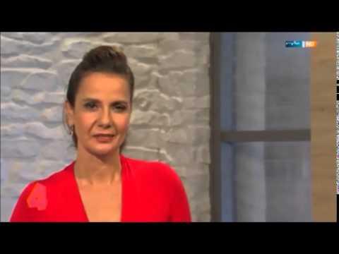 Katrin Huß schwarzer Lederrock MDR  um 4   06 11 14 ( 1 )