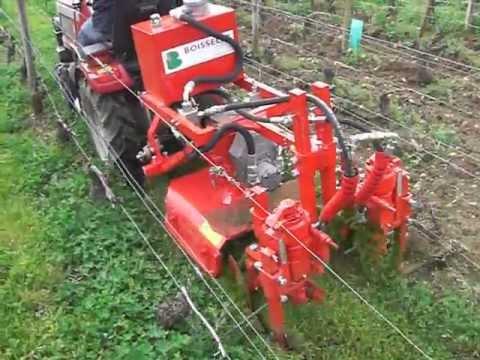 VITICOLE :Cutmatic : interceps mécanique monté sur tracteur