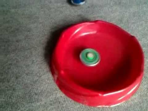 Beyblade Galaxy Pegasis vs. Ray Striker