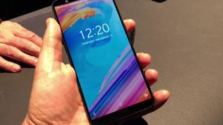 OnePlus 5T, First Look Hands-On - CNETTV