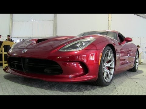 2013 SRT Viper V10 Engine Tech Demo & Preview