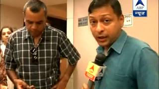 BJP candidate Paresh Rawal exercises his franchise in Mumbai - ABPNEWSTV