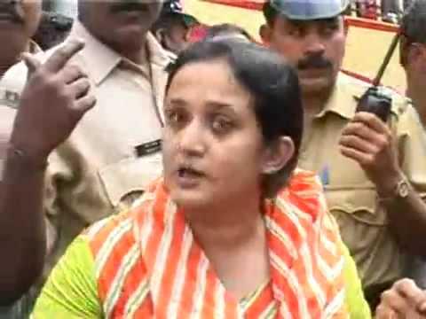 Mallu Actress Sangeetha Mohan arrested for drunken driving